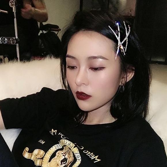 xoxoklowe Accessories - Crystal X Rhinestone Hair Pin Barrette Clip